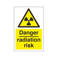 SIGN - RADIATION (WITH SYMBOL) A4 PORTRAIT LAMINATED